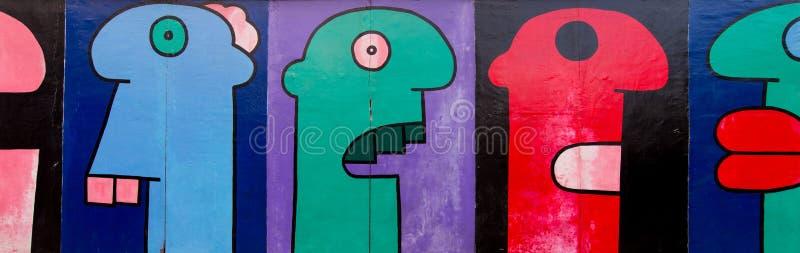Arte da rua da galeria da zona leste em Berlim fotos de stock