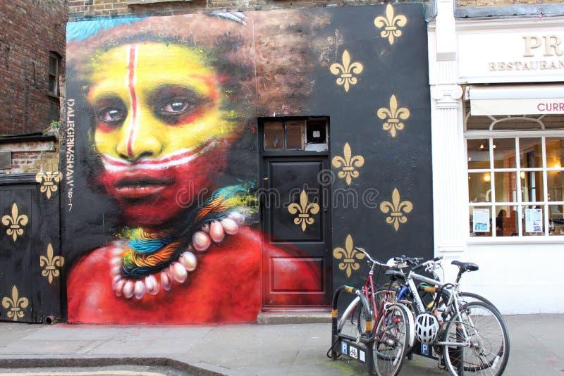 Arte da rua na rua de Londres foto de stock