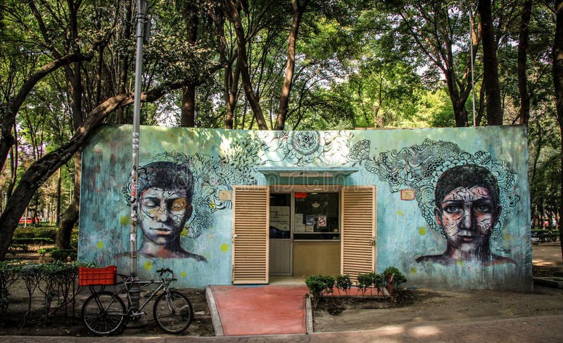 Arte de Grafiti no La Condesa, Cidade do México fotografia de stock