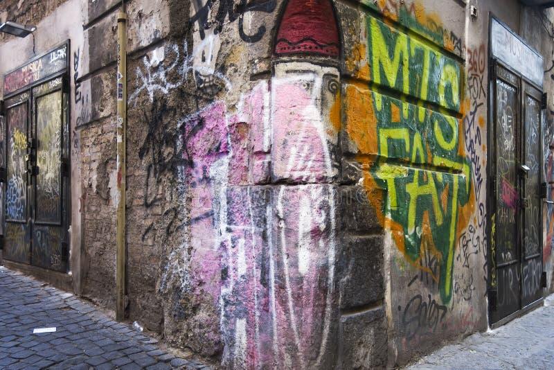 arte de la calle de la pintada con el extracto del espray en una calle imagen de archivo libre de regalías