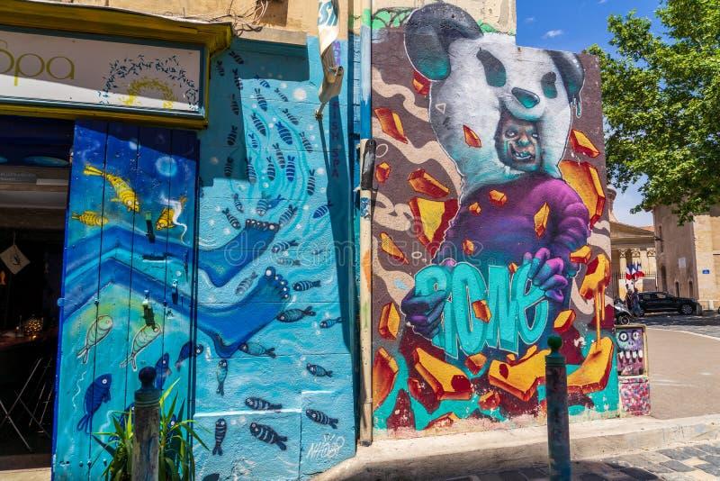Arte de la calle en el cuarto de Le Panier en Marsella imagen de archivo libre de regalías