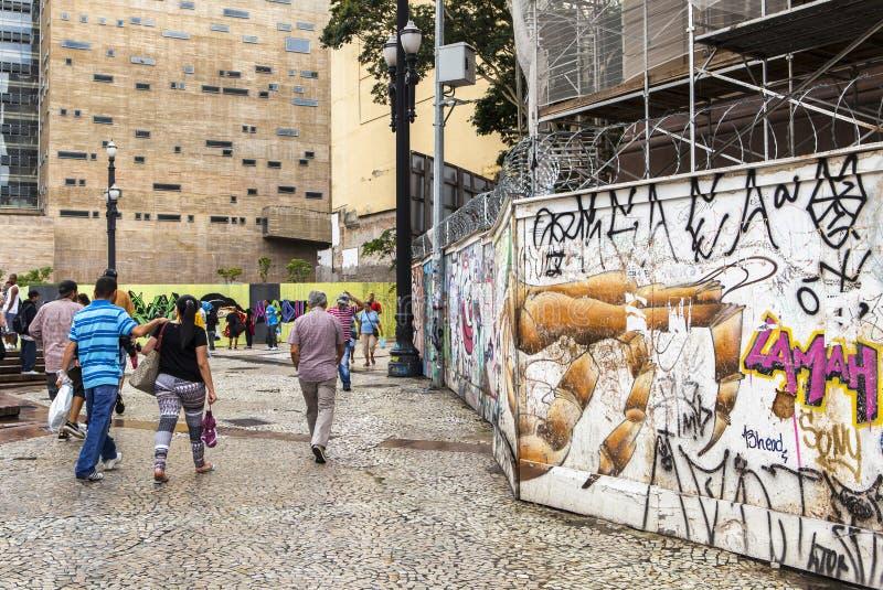 Arte de la pintada en Sao Paulo, el Brasil imagen de archivo