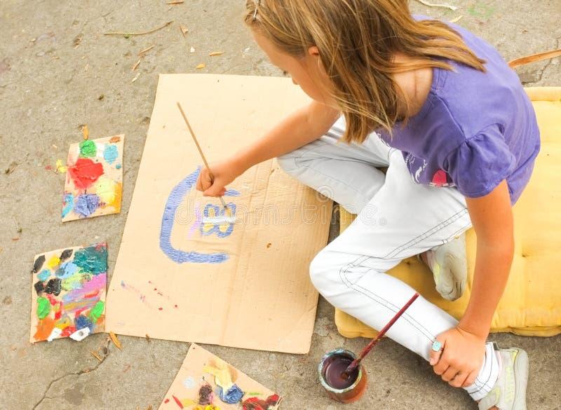 Arte de la pintura de la chica joven imagenes de archivo