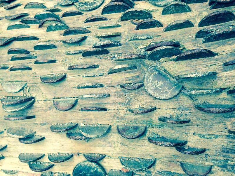 Arte de las monedas/interior británico de madera de la libra esterlina de los peniques retro fotos de archivo libres de regalías