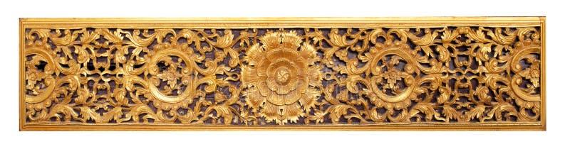 Arte de madera de la bella arte tailandesa en templo público foto de archivo