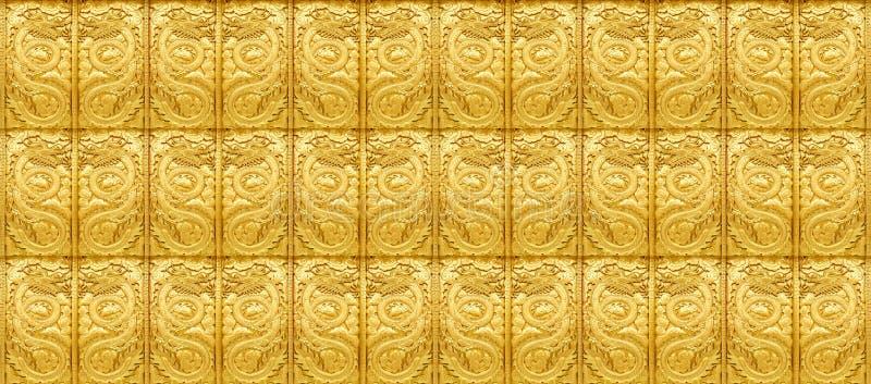 Arte de oro del dragón foto de archivo libre de regalías