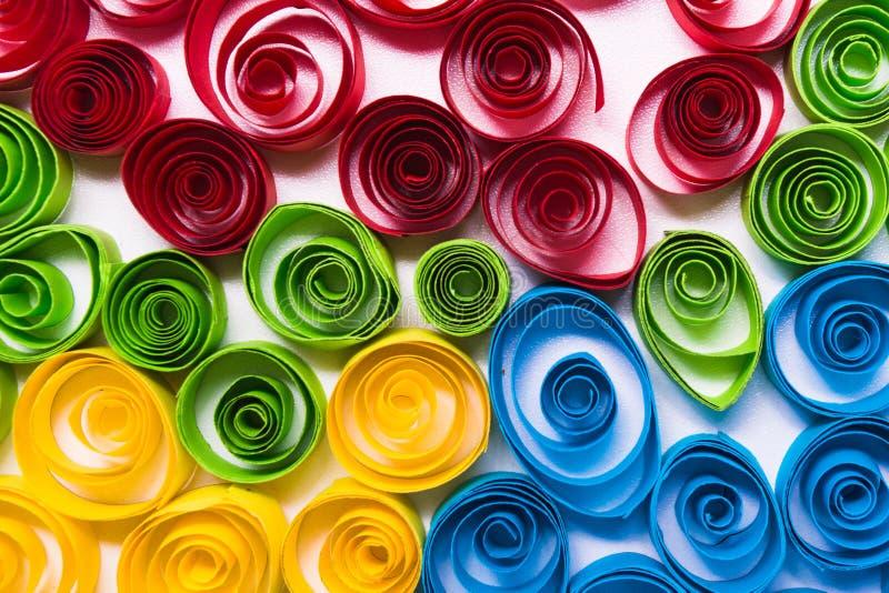 Arte de Quilling Ondas do papel da cor imagem de stock royalty free