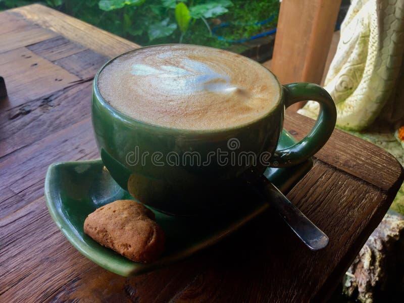 Arte del Latte bali Café foto de archivo libre de regalías