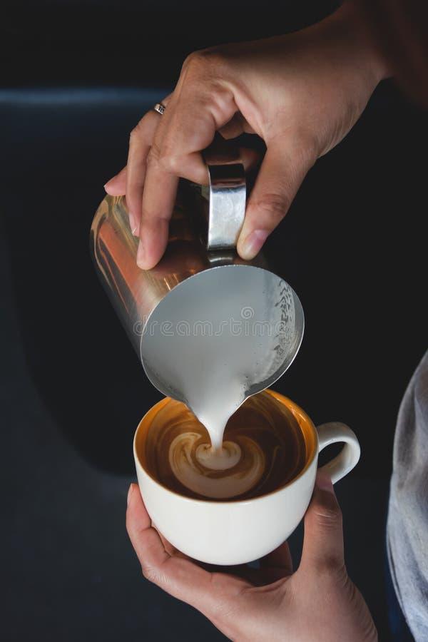 Arte del Latte de la taza de café fotos de archivo