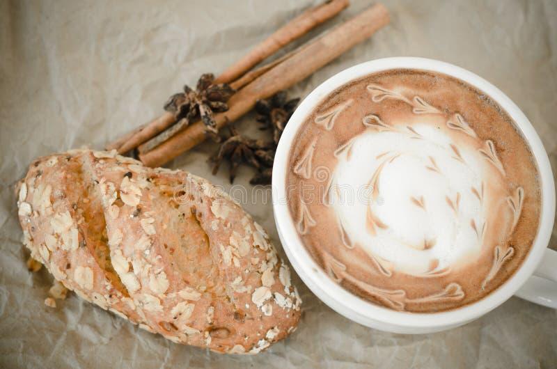 Arte del Latte en pape arrugado imágenes de archivo libres de regalías