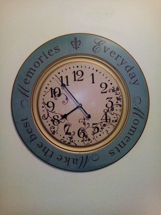 Arte del reloj de pared imagenes de archivo