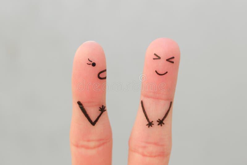 Arte delle dita della famiglia durante il litigio grida sul marito, risate della moglie dell'uomo immagini stock libere da diritti