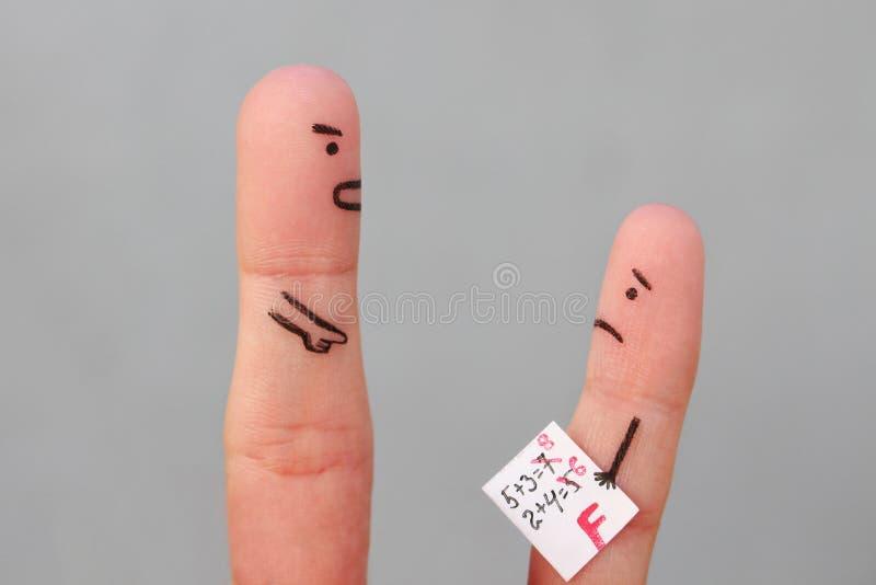 Arte delle dita della gente il ragazzo ha ottenuto un cattivo grado, uomo rimprovera fotografie stock
