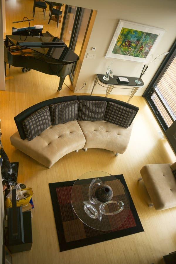 Arte di legno del pavimento della decorazione del pianoforte a coda interno domestico sciccoso della mobilia fotografie stock libere da diritti