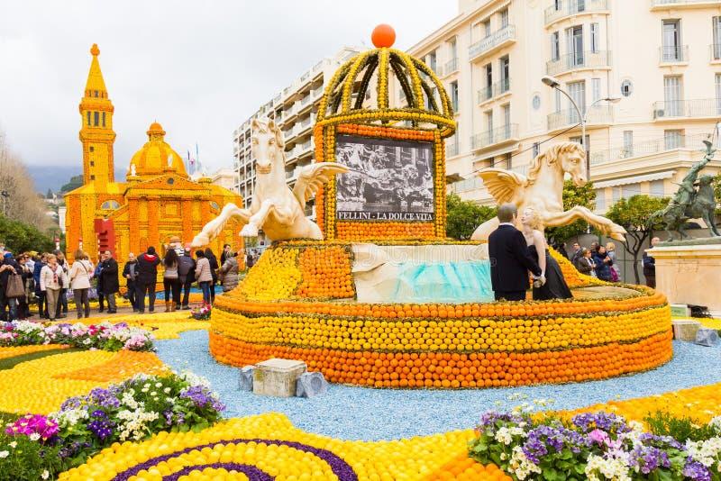 Arte feita dos limões e das laranjas no festival famoso ( do limão; Festa du Citron) em Menton, França fotografia de stock royalty free