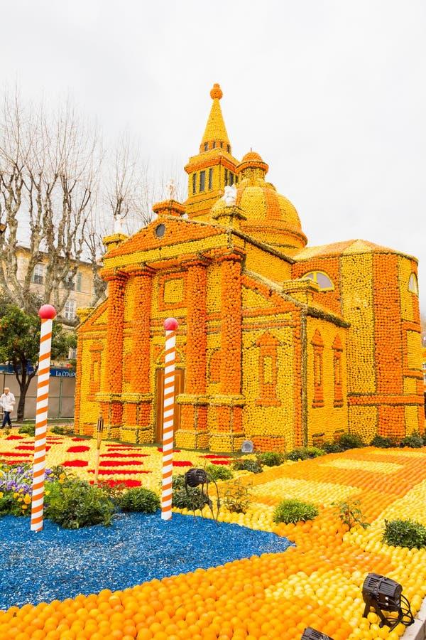 Arte feita dos limões e das laranjas no festival famoso ( do limão; Festa du Citron) em Menton, França foto de stock