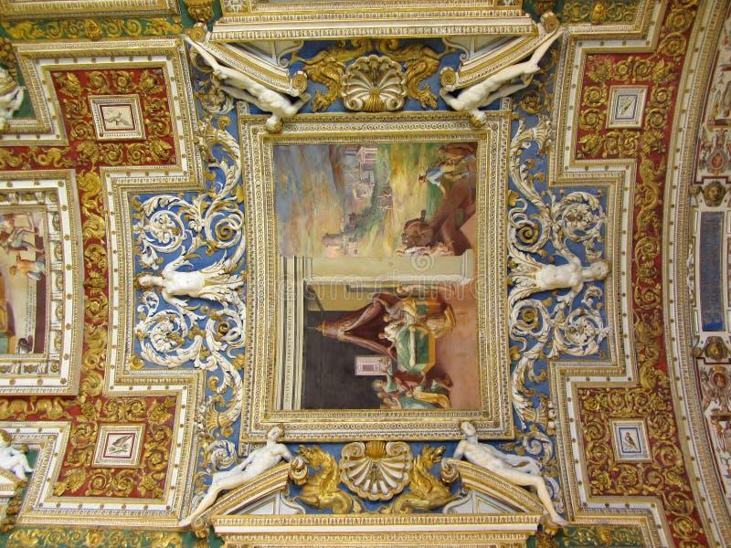 Arte -final intricada do teto fotografia de stock royalty free