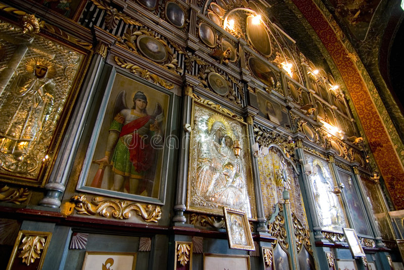 Arte -final ornamentado da igreja fotos de stock