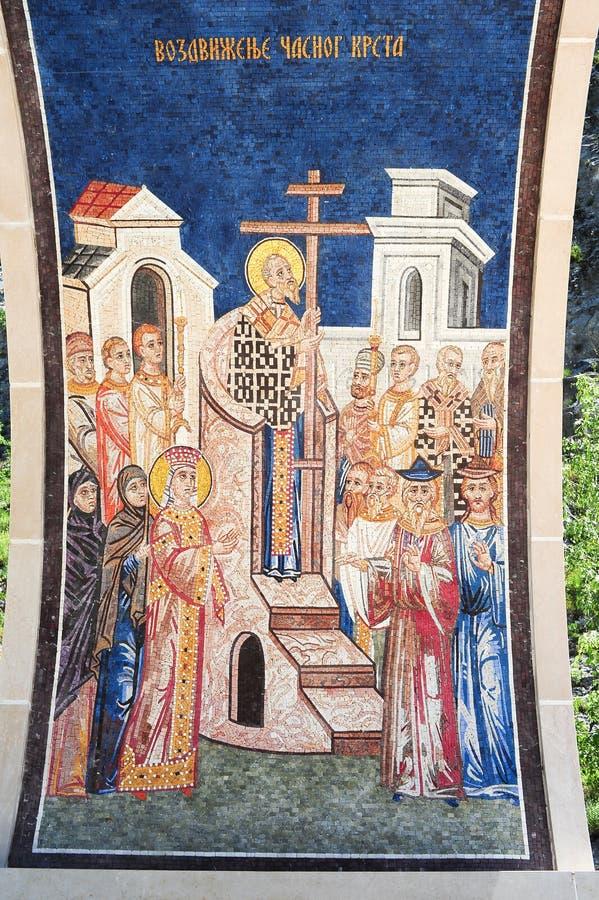 Arte finala no monastério de Ostrog perto de Danilovgrad fotos de stock