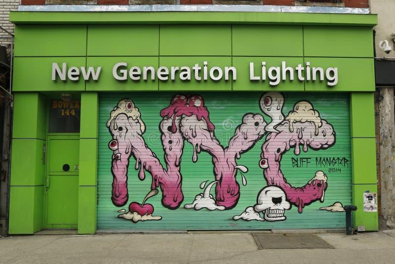Arte mural por Buff Monster em pouco Itália imagem de stock royalty free