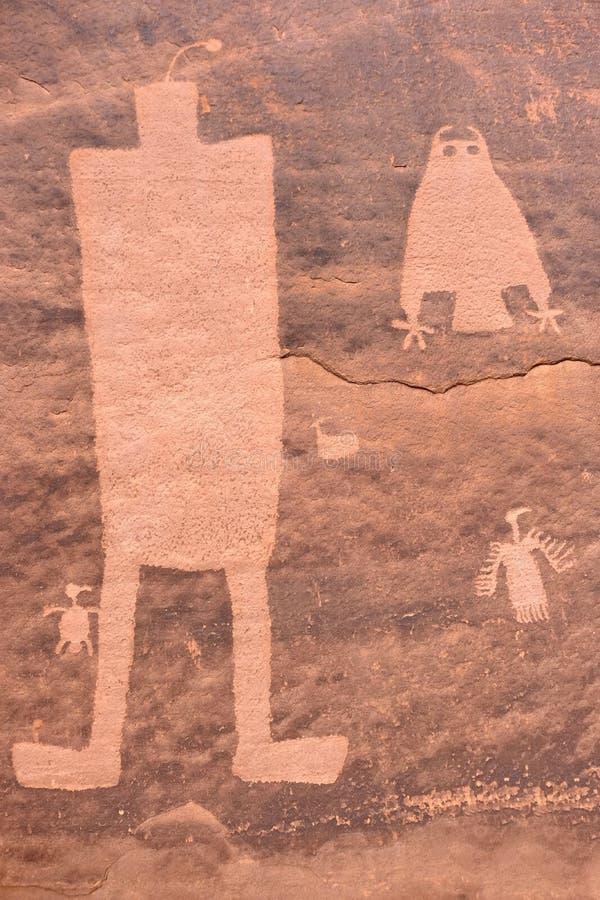 Arte preistorica della roccia degli indiani del pueblo fotografia stock