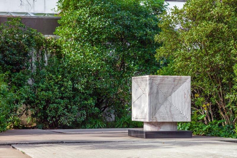 Arte que decora o jardim da fundação de Calouste Gulbenkian imagem de stock royalty free