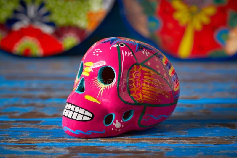Arte rosado mexicano de los muertos del diámetro del cráneo foto de archivo libre de regalías