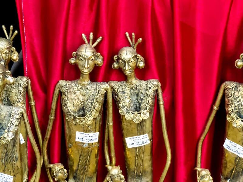 Arte tribale India della scultura d'ottone fotografia stock
