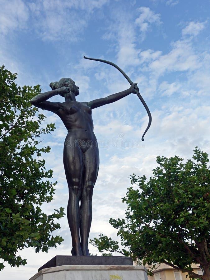 Artemis古铜色雕象  免版税库存照片