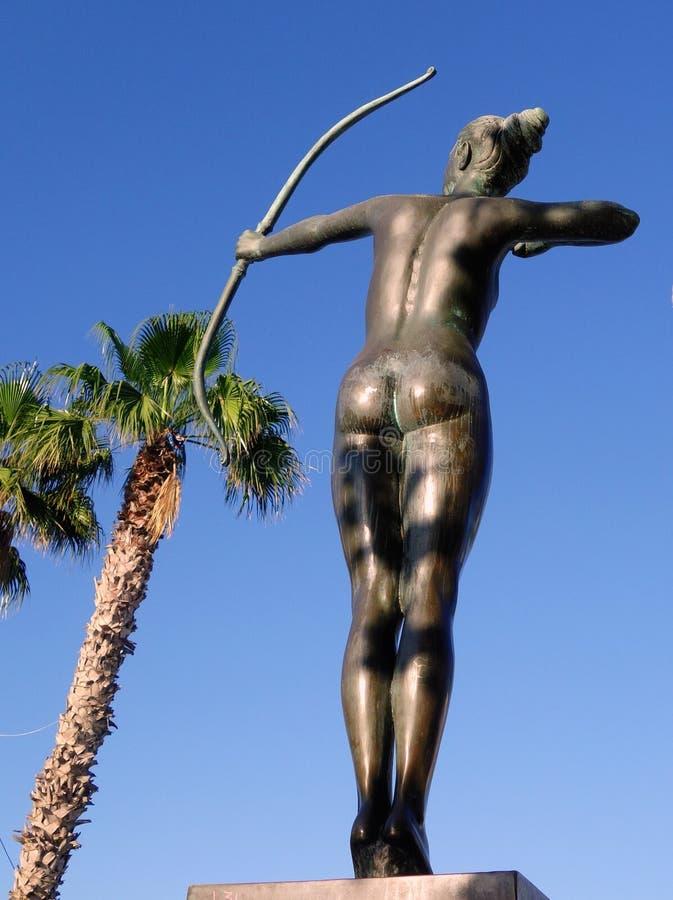 Artemis古铜色雕象  库存图片