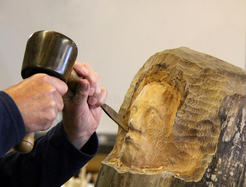 Artesão Carving foto de stock royalty free