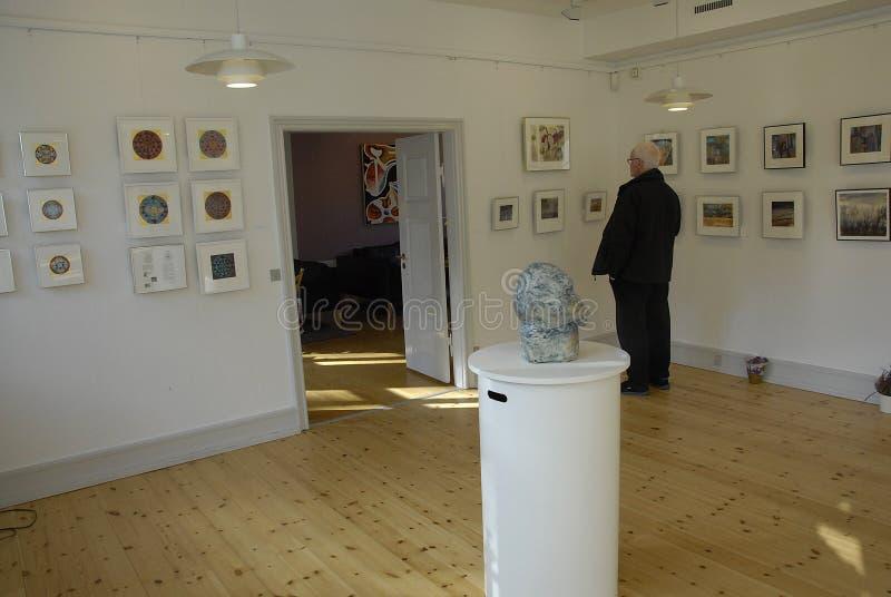 ARTES EXHIBTION DEL GRUPO DE LOS ARTES DE GUUEN foto de archivo