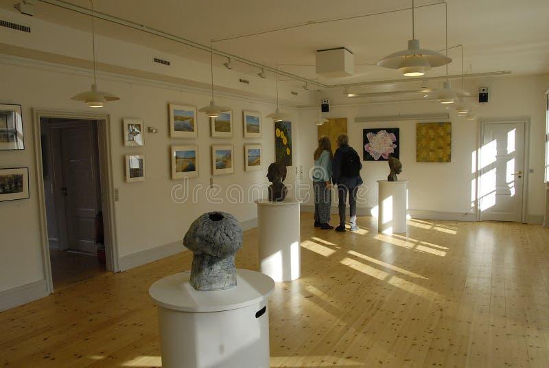 ARTES EXHIBTION DEL GRUPO DE LOS ARTES DE GUUEN imagen de archivo libre de regalías
