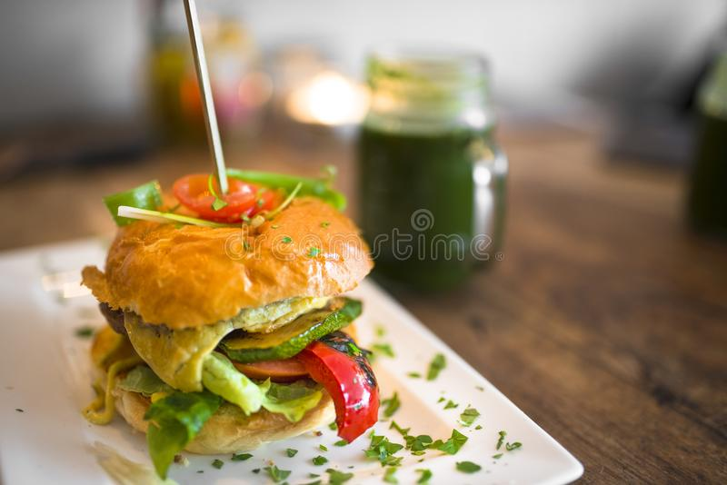 Artes finalas gourmet de Andy Van Dee do hamburguer fotografia de stock