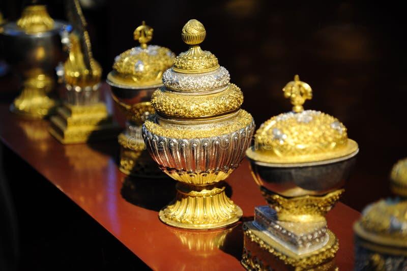 Artesanatos tibetanos do metal fotografia de stock