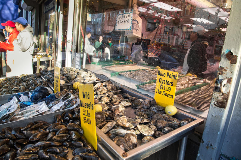Arthur ave the bronx editorial photography image of for Fish market bronx