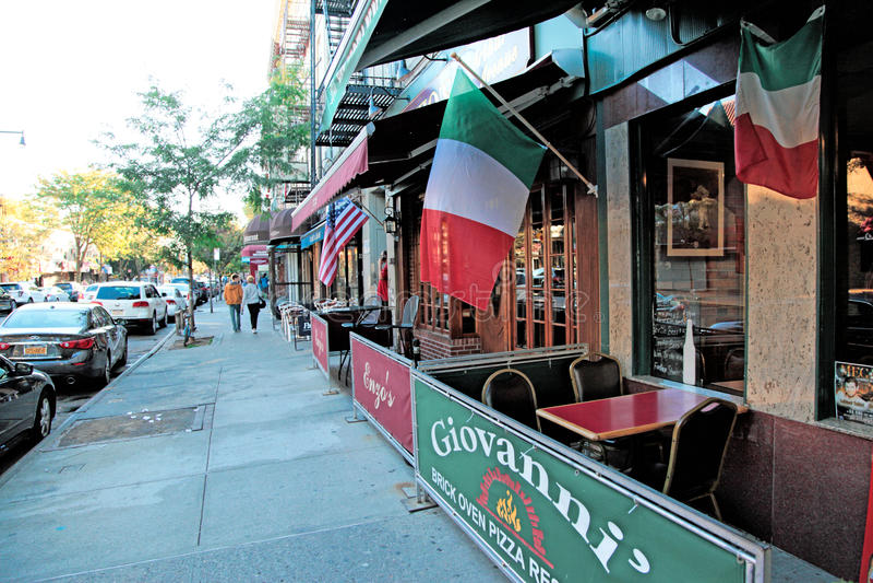 Arthur Ave Poca Italia, NYC imagenes de archivo