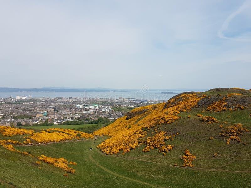 Arthur& x27; s Seat in Edinburgh, Schottland lizenzfreie stockfotos