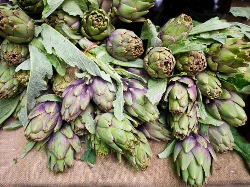 Artichokes At Market Stand Royalty Free Stock Image