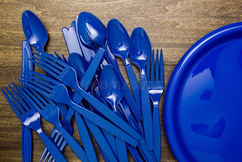 Articles en plastique pour le pique-nique photos stock