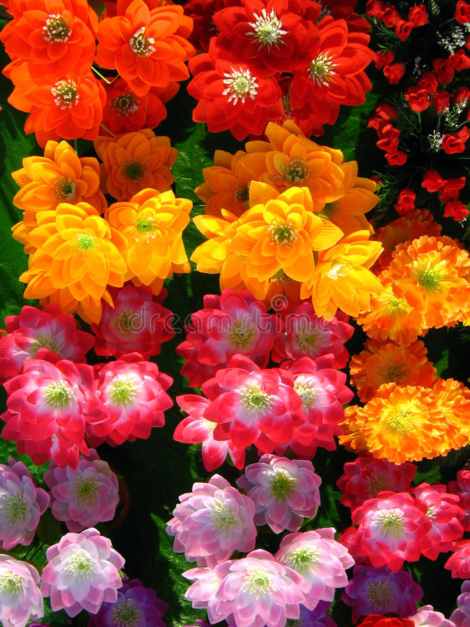 Free Artificial Flowers Royalty Free Stock Photography - 14213297
