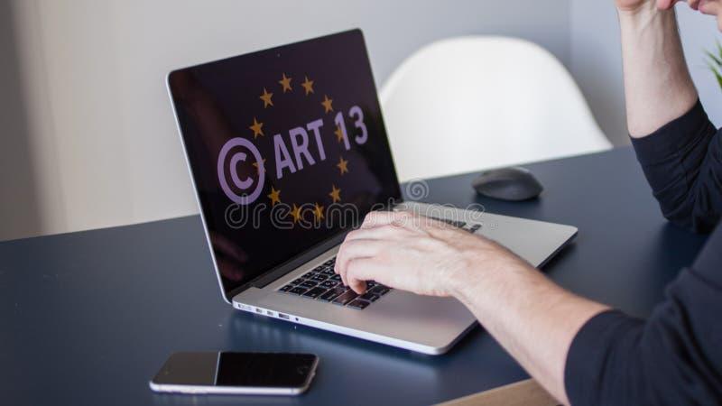 Artigo 13 a altera??o aos materiais proibidos dos meios da legisla??o de UE fotografia de stock royalty free