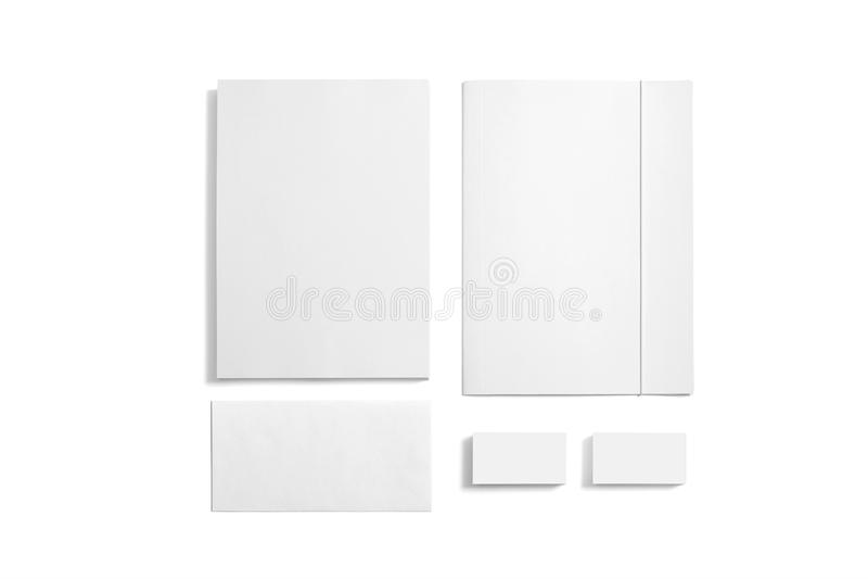 Artigos de papelaria vazios isolados no branco fotos de stock royalty free