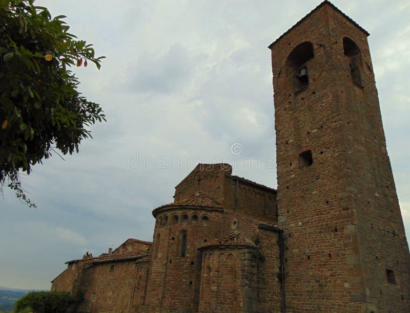 Artimino, Tuscany, W?ochy Farny kościół Santa Maria i San Leonardo w Artimino, Pieve Di San Leonardo, widok w wieczór zdjęcie stock
