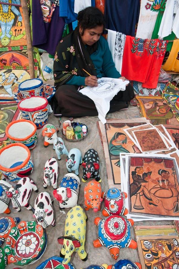 Free Artisan Creating Handicrafts Royalty Free Stock Photography - 28664097
