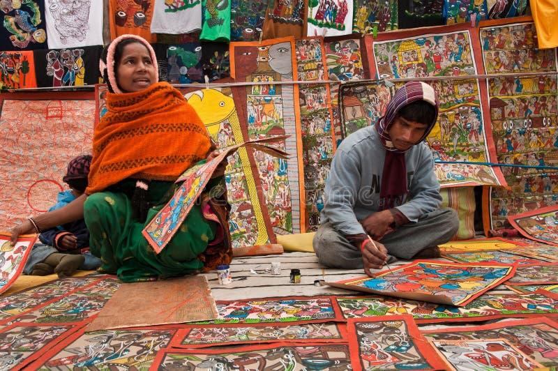 Artisanale familie die ambachten creëren stock afbeelding