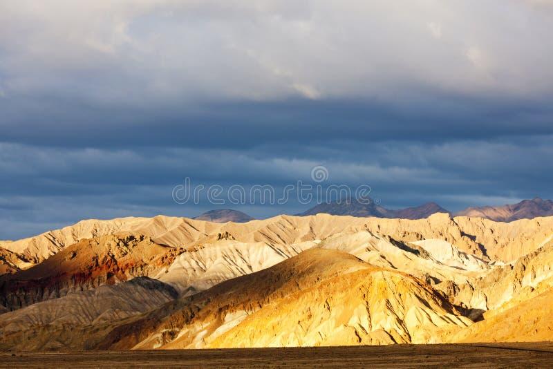 Artist& x27; s-Antrieb, Nationalpark Death Valley, Kalifornien, USA stockfotos