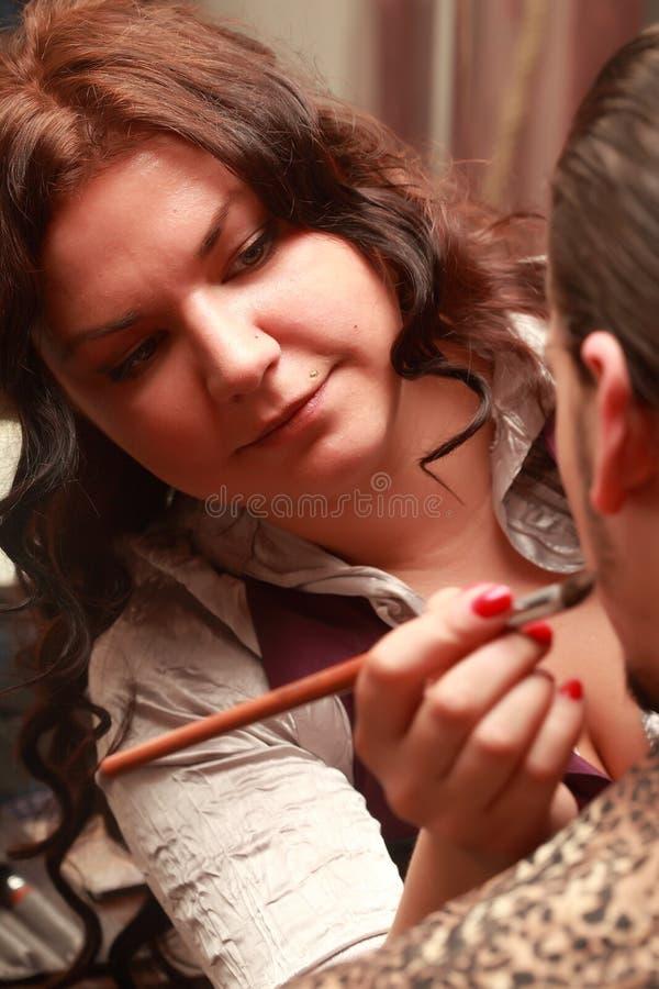 Artista de maquillaje imagen de archivo