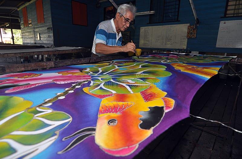 Artista do Batik imagem de stock royalty free