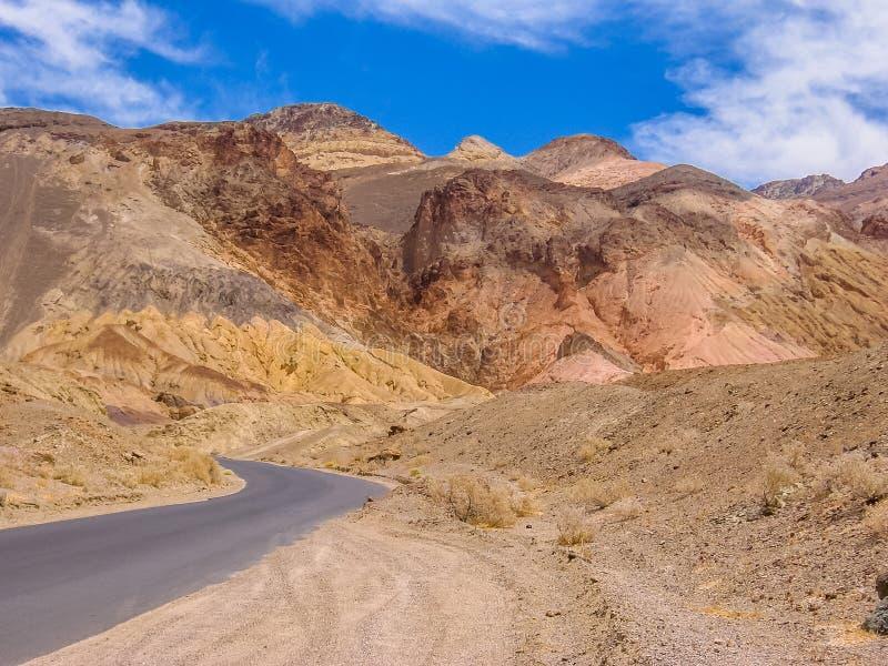 Artista Drive en Death Valley California fotos de archivo